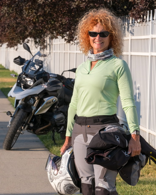Colleen discusses the importance of body posture for better control of the motorcycle and riding safer.
